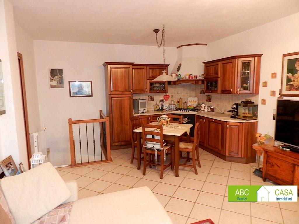 bagno-APPARTAMENTO INDIPENDENTE-in-vendita-Rosignano Solvay-R1059