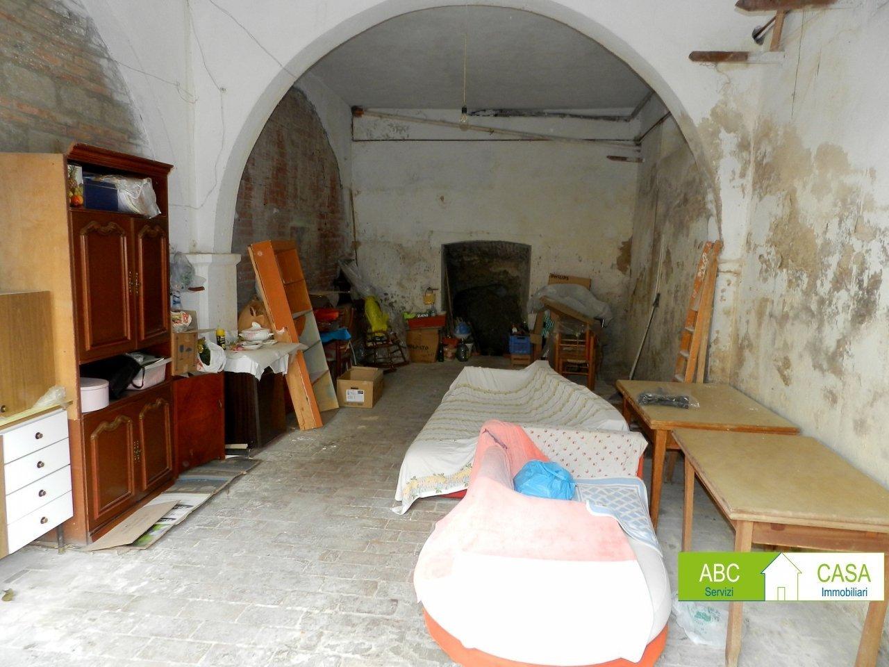esterno-FONDO COMMERCIALE-in-vendita-Rosignano Marittimo-R1026