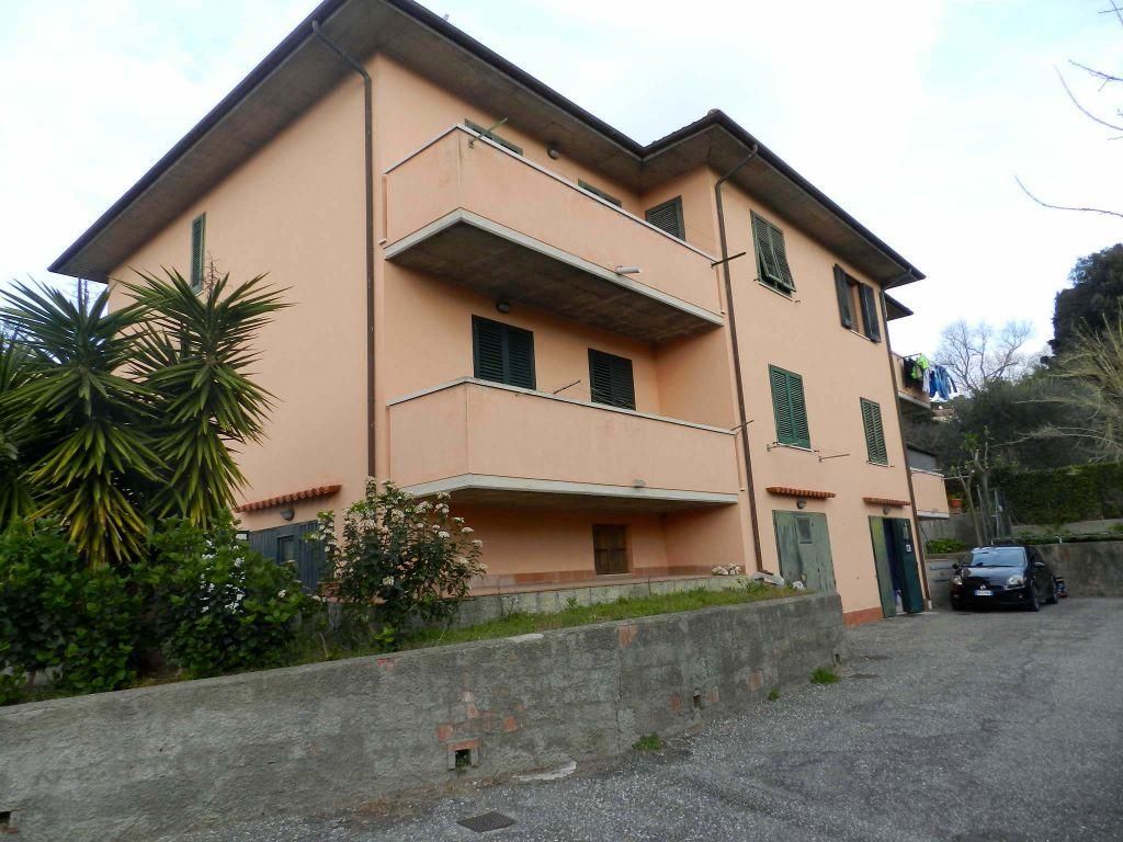 esterno-APPARTAMENTO INDIPENDENTE-in-vendita-Rosignano Marittimo-R0806