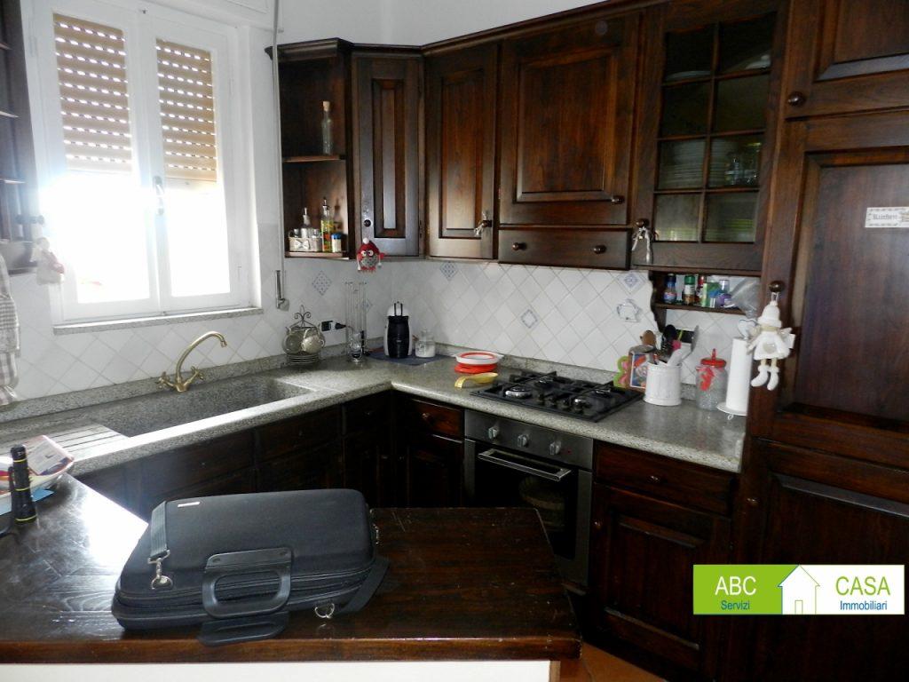 ingresso-APPARTAMENTO INDIPENDENTE-in-vendita-zona mare Rosignano