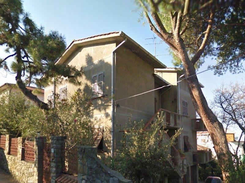 esterno-APPARTAMENTO INDIPENDENTE-in-vendita-Rosignano Solvay-R0146