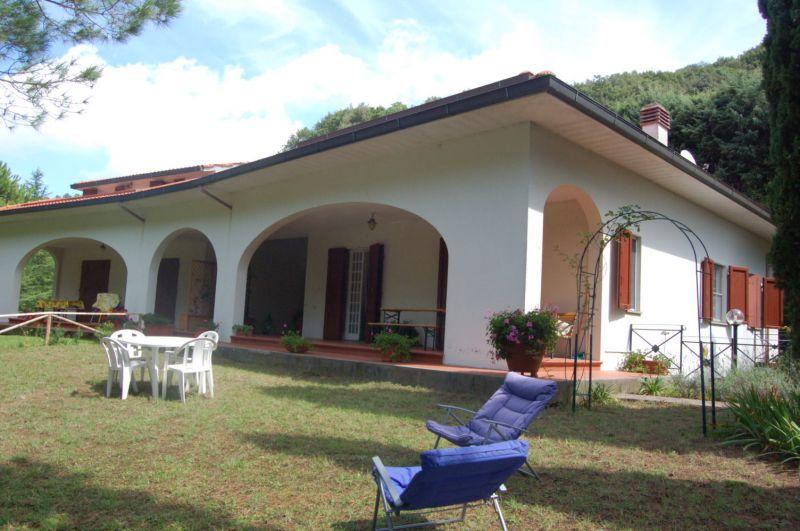 esterno-BIFAMILIARE-in-vendita-Castellina M.ma-R0509