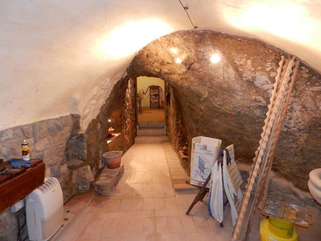camera doppia-APPARTAMENTO INDIPENDENTE-in-vendita-Santa Luce-R0835