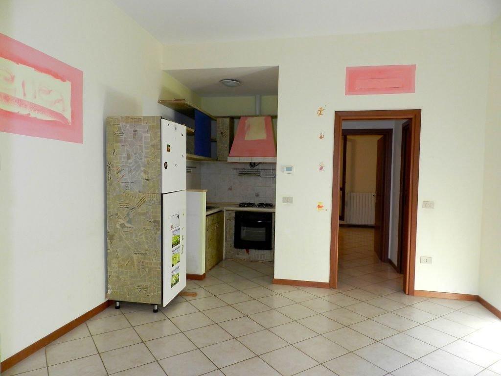 camera-APPARTAMENTO INDIPENDENTE-in-vendita-zona mare Rosignano-R0698