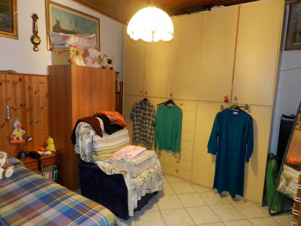 ingresso-APPARTAMENTO INDIPENDENTE-in-vendita-Castelnuovo M.dia-R0925