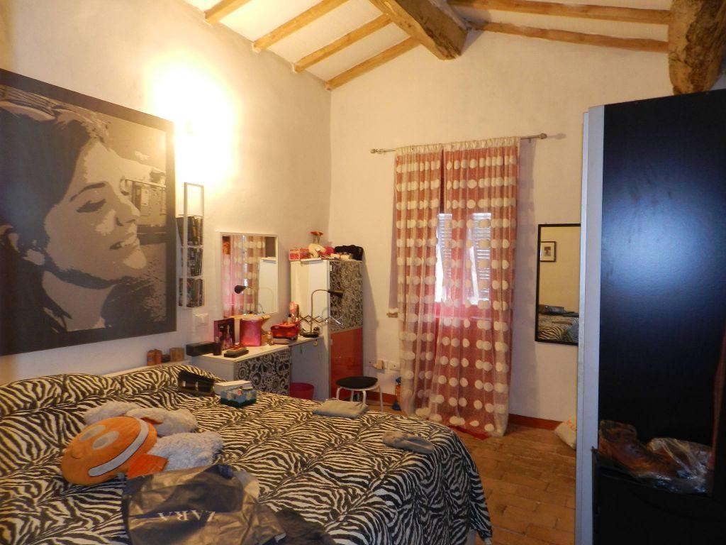 camera doppia-TERRATETTO-in-vendita-Castelnuovo M.dia-R0788