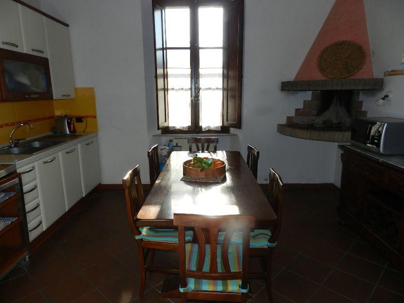 camera-APPARTAMENTO INDIPENDENTE-in-vendita-zona mare Rosignano-R0495