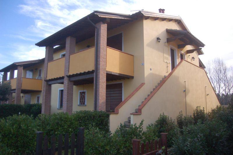 esterno-APPARTAMENTO INDIPENDENTE-in-vendita-Vada