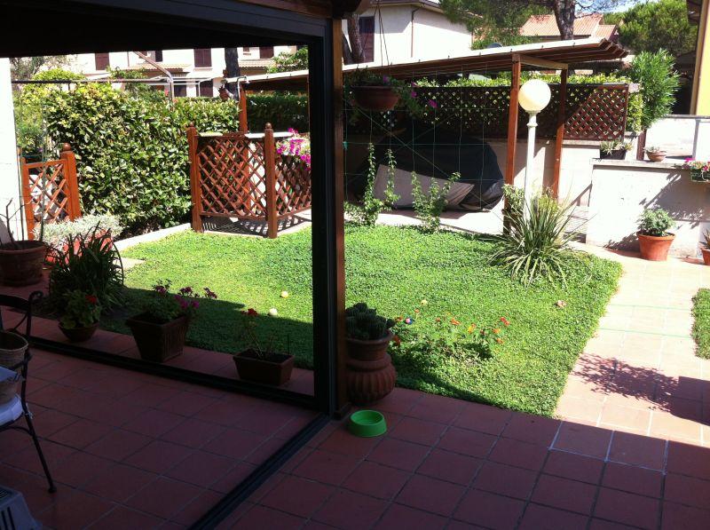 esterno-APPARTAMENTO INDIPENDENTE-in-vendita-Vada-R0244