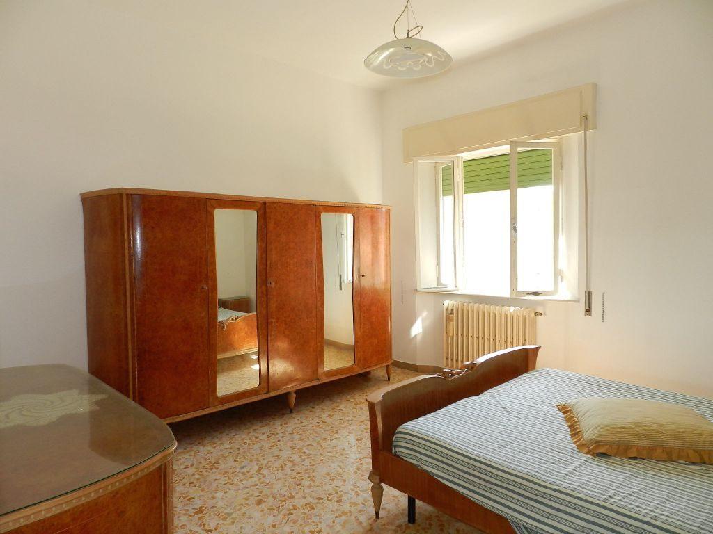 giardino-APPARTAMENTO INDIPENDENTE-in-vendita-Castiglioncello-R0713