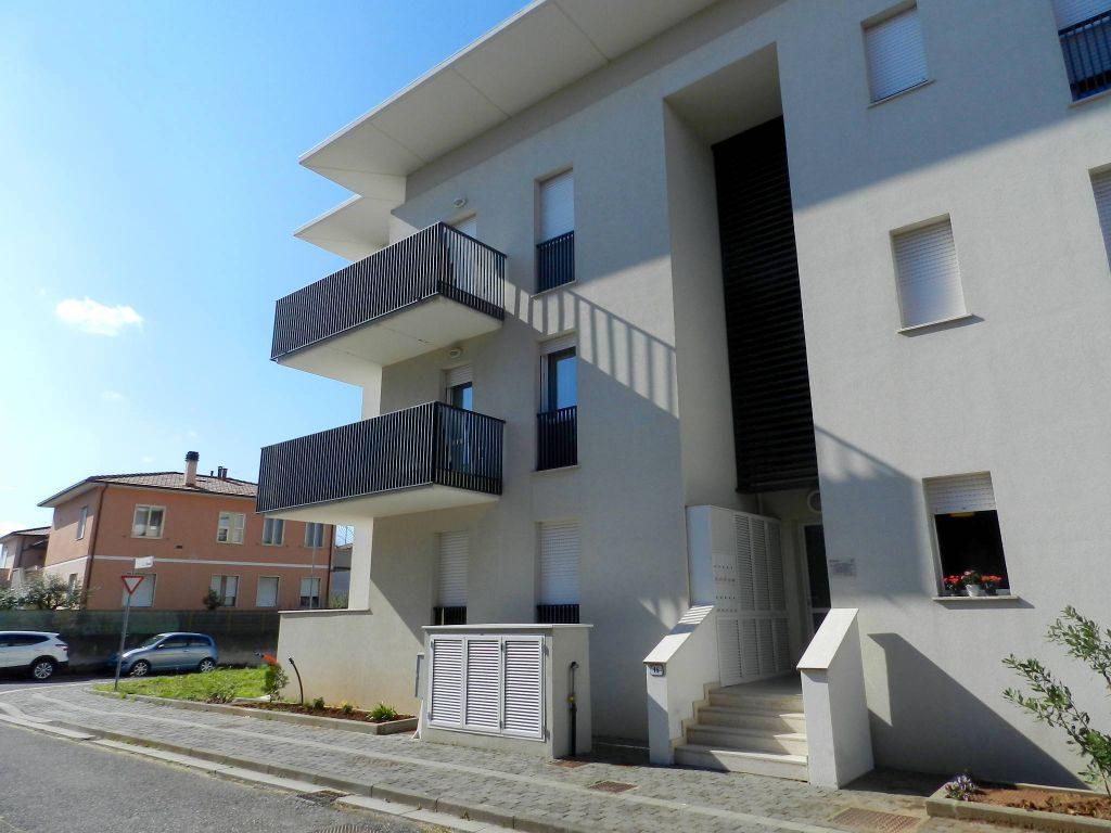 esterno-APPARTAMENTO-in-vendita-Rosignano Solvay-R0674