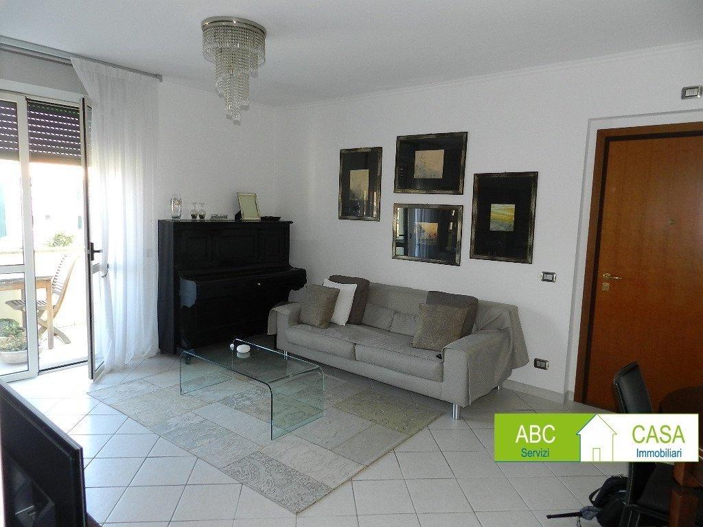 esterno-APPARTAMENTO-in-vendita-Rosignano Solvay-R1101