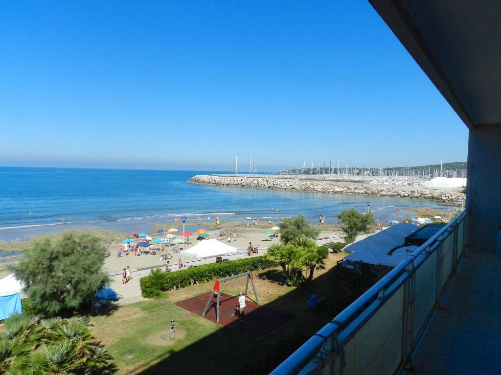 esterno-APPARTAMENTO-in-vendita-zona mare Rosignano-R0739