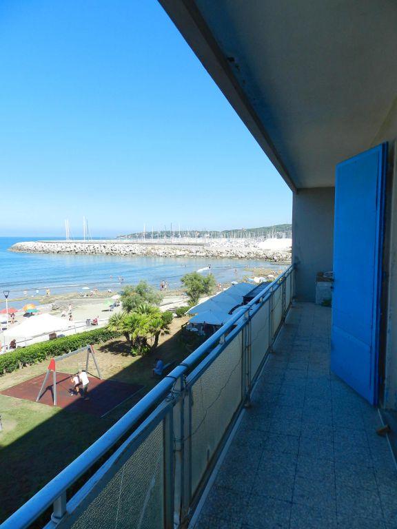 camera doppia-APPARTAMENTO-in-vendita-zona mare Rosignano-R0739