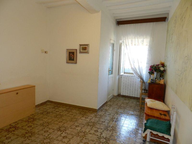 cantina-APPARTAMENTO INDIPENDENTE-in-vendita-Rosignano Marittimo-R0341