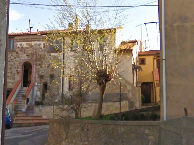 esterno-APPARTAMENTO INDIPENDENTE-in-vendita-Castelnuovo M.dia-R0144