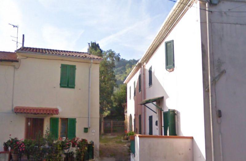 esterno-TERRATETTO-in-vendita-Castelnuovo M.dia-R0548