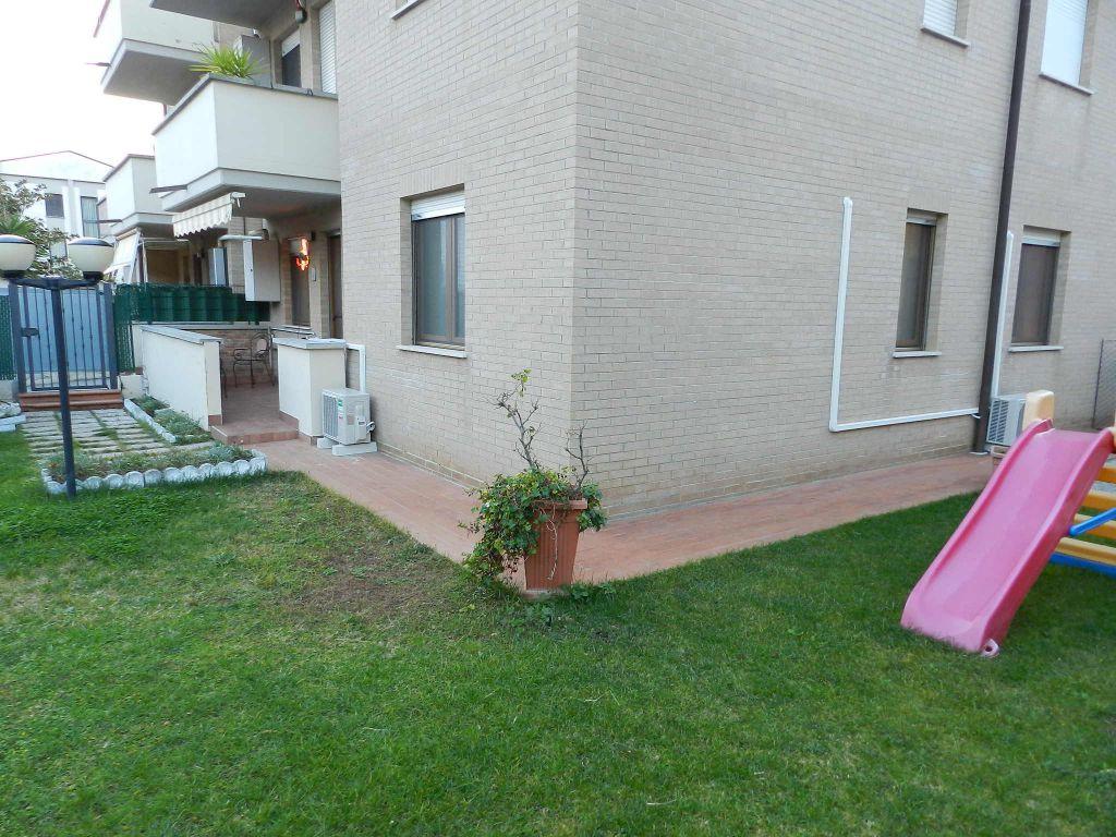 esterno-APPARTAMENTO INDIPENDENTE-in-vendita-Rosignano Solvay-R0644