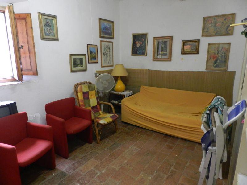 esterno-TERRATETTO-in-vendita-Castelnuovo M.dia-R0549