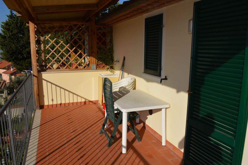 camera doppia-APPARTAMENTO INDIPENDENTE-in-vendita-Pastina-R0433