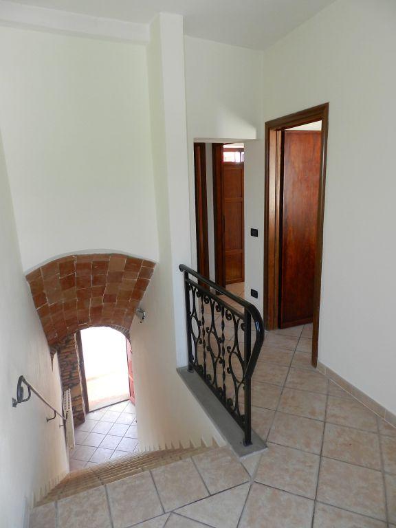 cantina-TERRATETTO-in-vendita-Castelnuovo M.dia-R0742