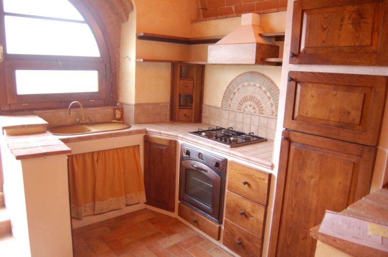 cucina-MONOLOCALE-in-vendita-Riparbella-C0040
