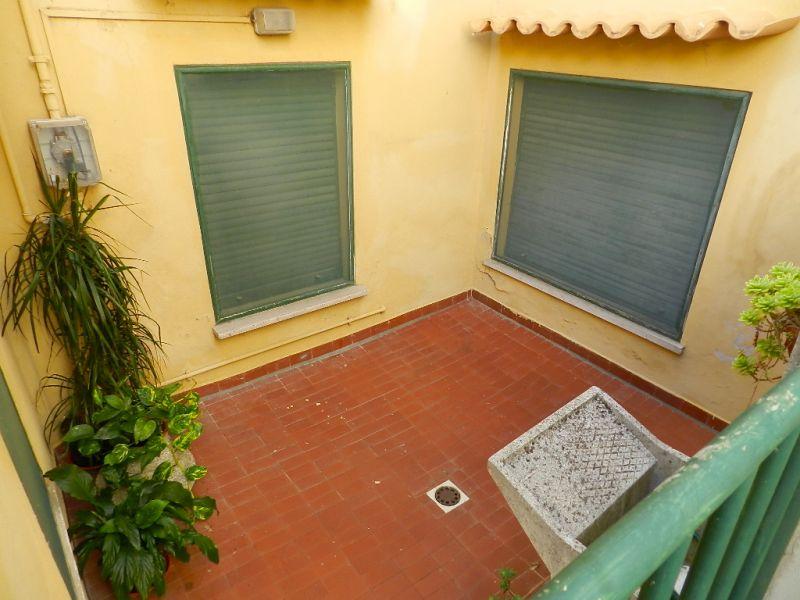 camera doppia-APPARTAMENTO INDIPENDENTE-in-vendita-Rosignano Marittimo-R0359