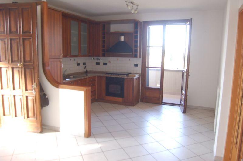 soggiorno-APPARTAMENTO-in-vendita-Vada-R0213