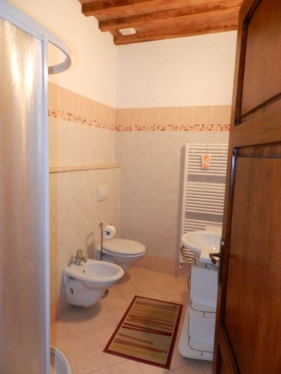 bagno-APPARTAMENTO INDIPENDENTE-in-vendita-Santa Luce-R0835