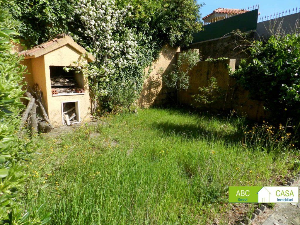 ripostiglio-APPARTAMENTO INDIPENDENTE-in-vendita-Castiglioncello-R0978