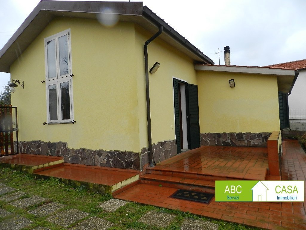 esterno-VILLINO-in-vendita-Rosignano Solvay-R1086