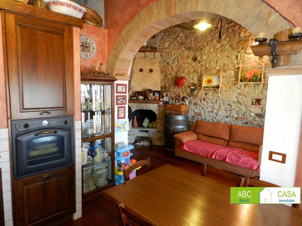 soggiorno-APPARTAMENTO INDIPENDENTE-in-vendita-Rosignano Marittimo-R0965