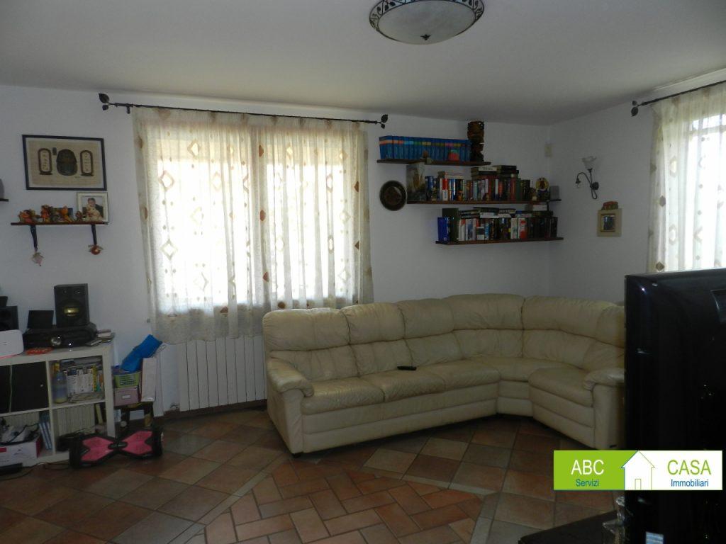 soggiorno-VILLINO-in-vendita-Cecina-C0229