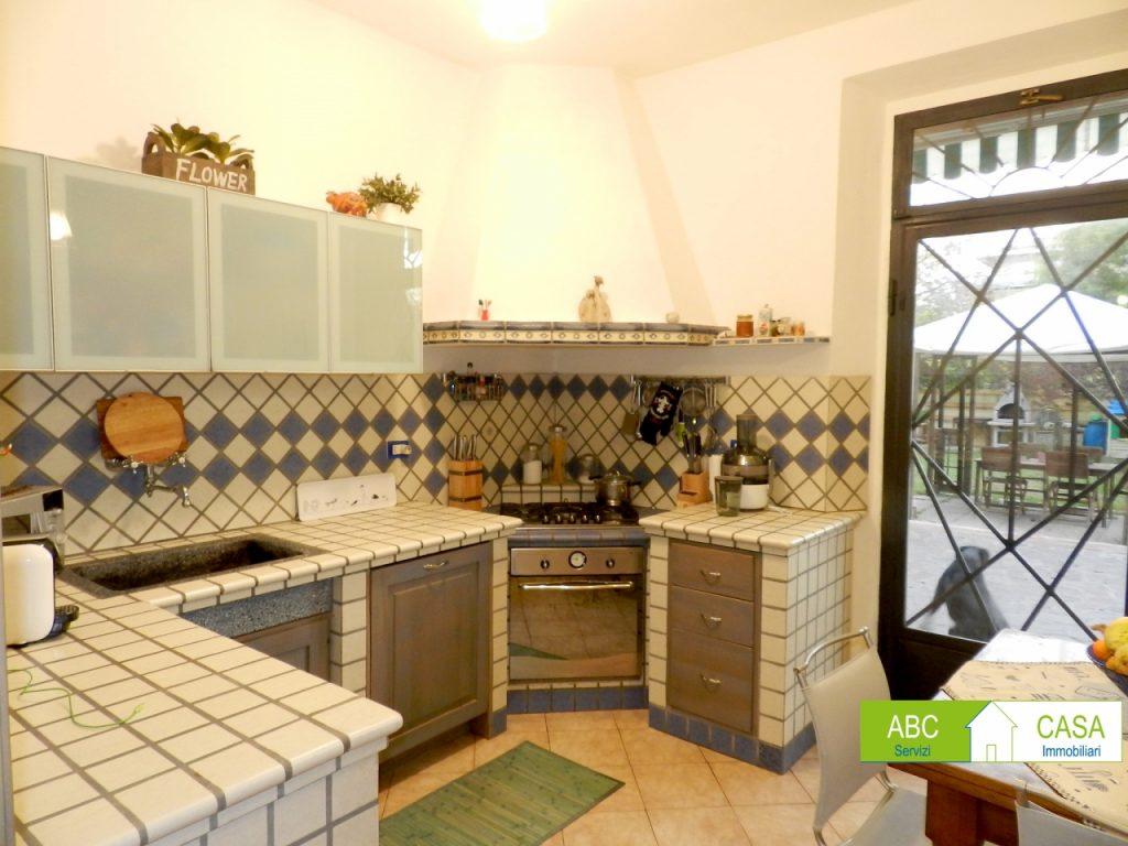 bagno-APPARTAMENTO INDIPENDENTE-in-vendita-zona mare Rosignano-R0940