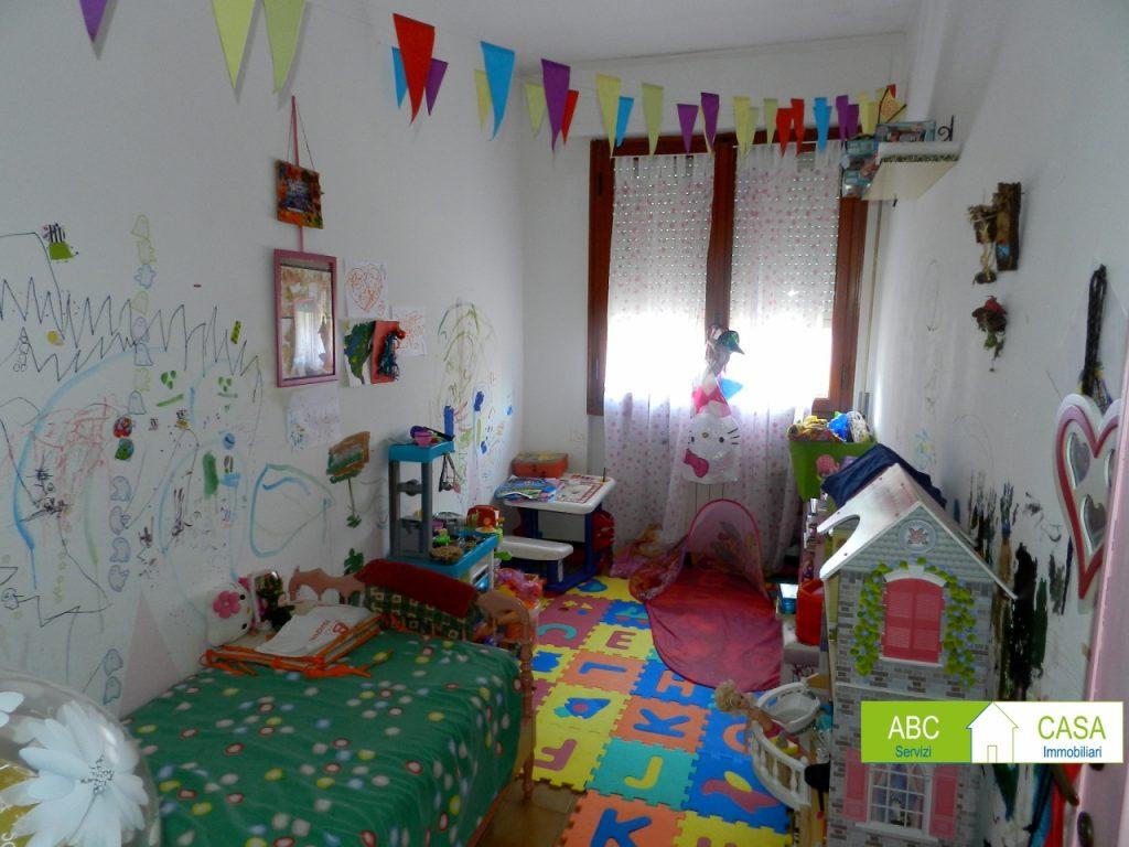 camera doppia-APPARTAMENTO-in-vendita-Castiglioncello-R1014