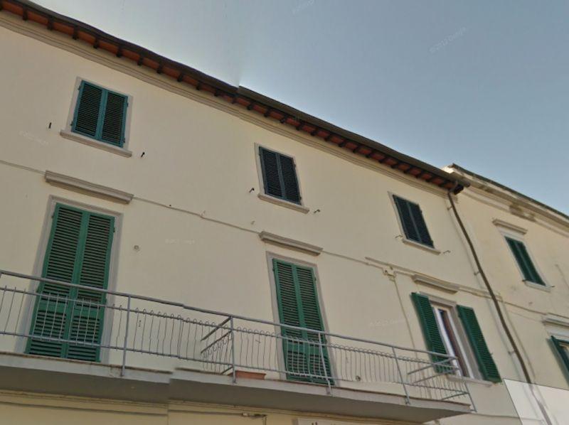 esterno-APPARTAMENTO-in-vendita-Cecina-C0148