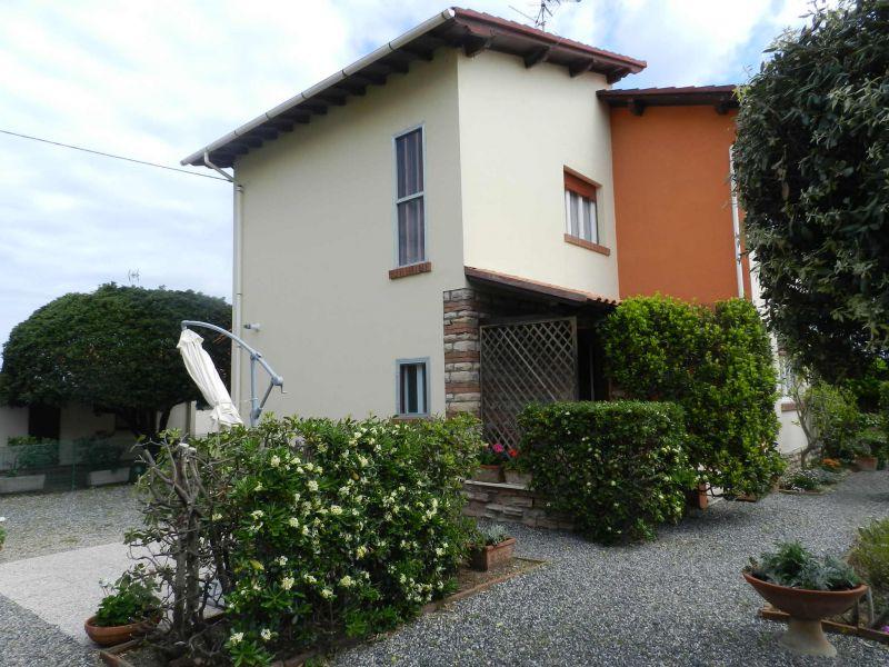 esterno-TERRATETTO-in-vendita-zona mare Rosignano-R0527