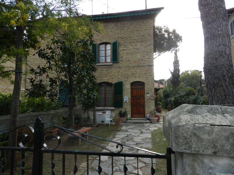 esterno-TERRATETTO-in-vendita-Rosignano Solvay-R0188