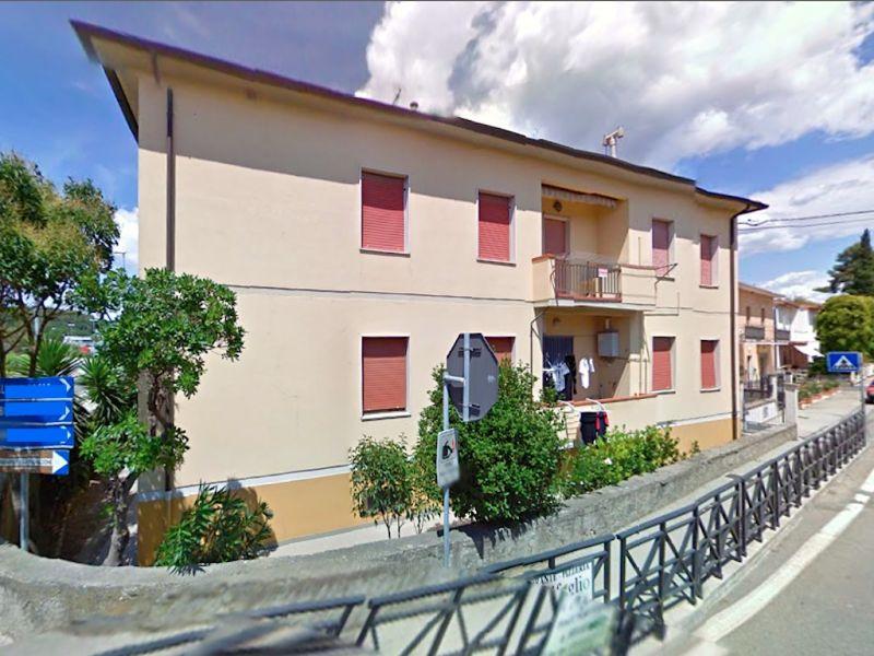 esterno-APPARTAMENTO-in-vendita-Castellina M.ma-R0350
