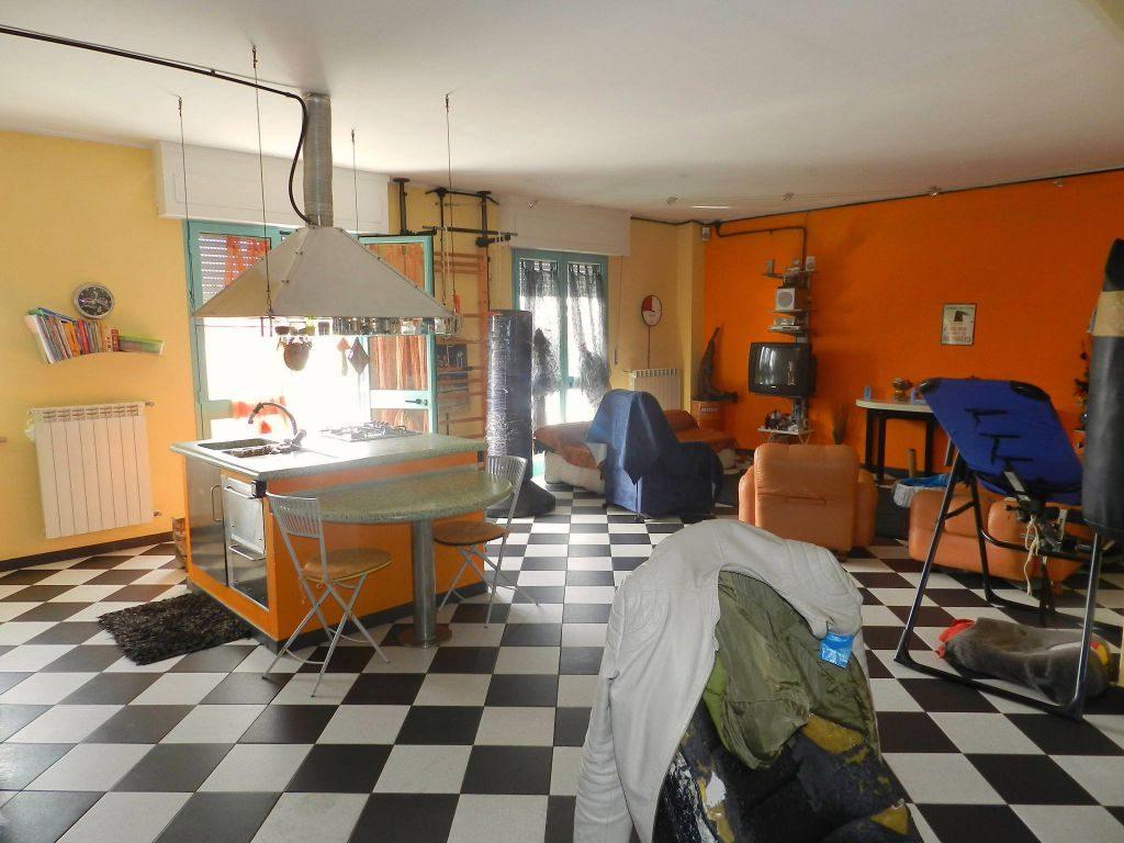 bagno-APPARTAMENTO-in-vendita-Rosignano Solvay-R0626