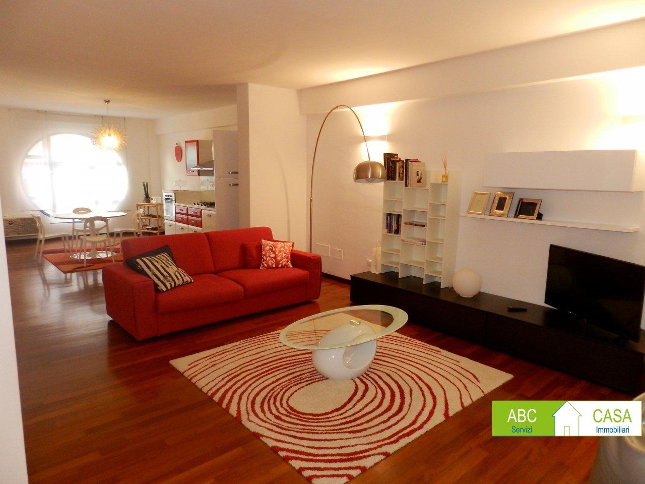 esterno-APPARTAMENTO-in-vendita-Castiglioncello-R0982