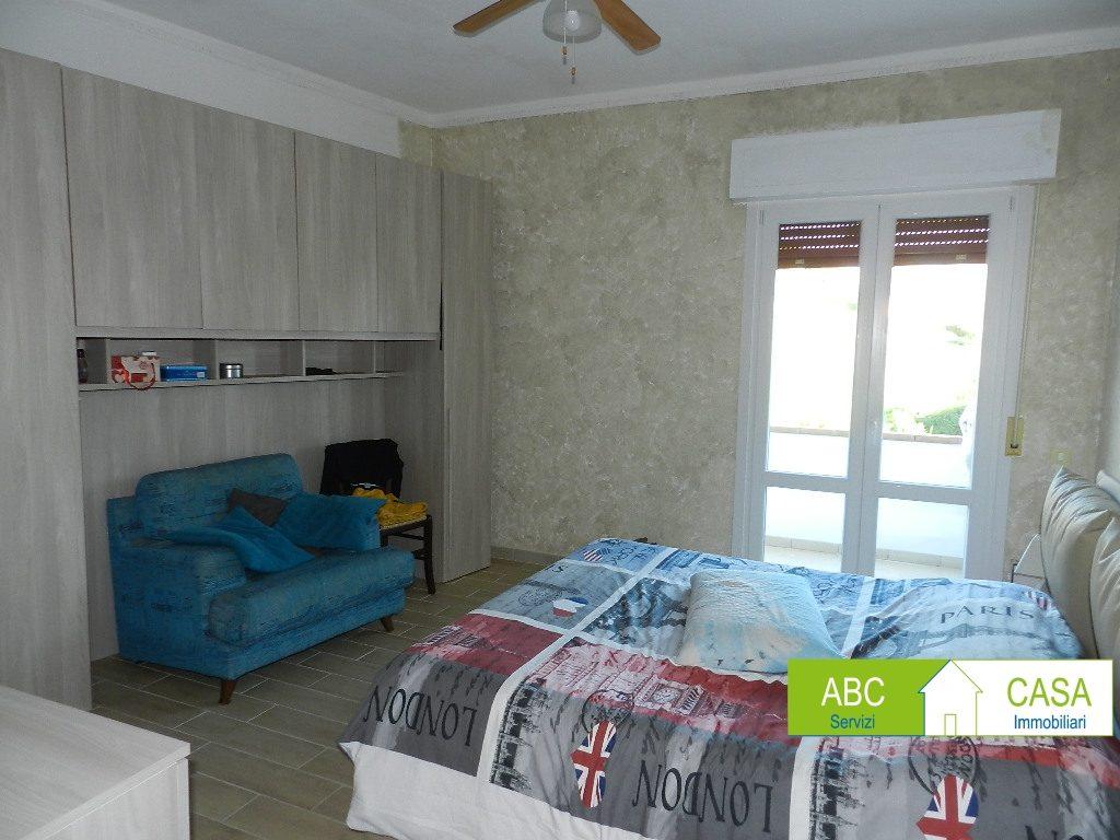camera doppia-APPARTAMENTO-in-vendita-Rosignano Marittimo-R1118