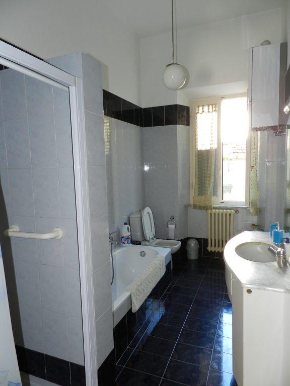 ingresso-APPARTAMENTO INDIPENDENTE-in-vendita-zona mare Rosignano-R0610