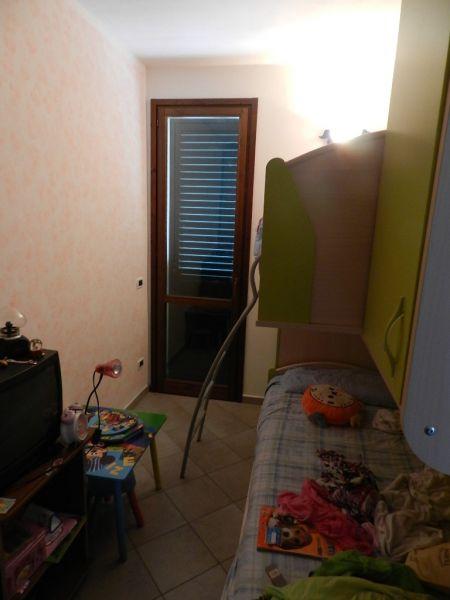 camera doppia-APPARTAMENTO-in-vendita-Rosignano Solvay-R0261