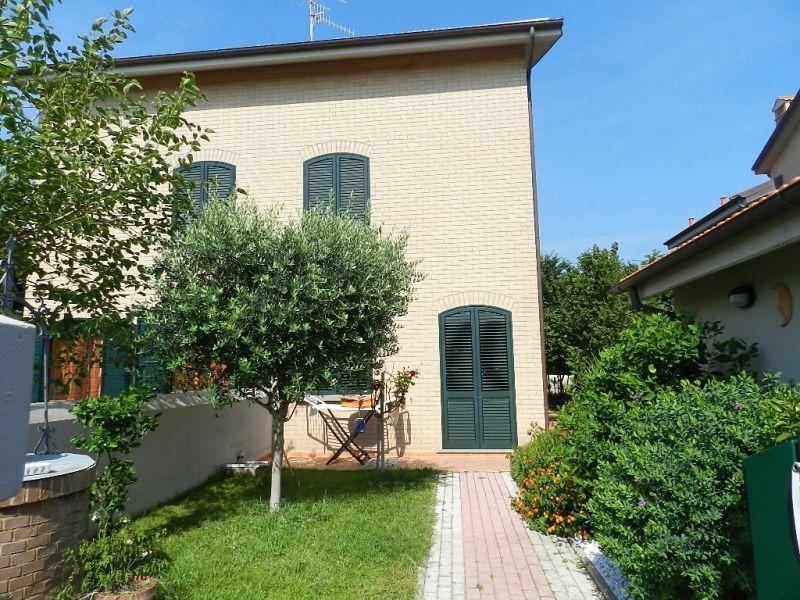 esterno-TERRATETTO-in-vendita-Rosignano Solvay-R0357