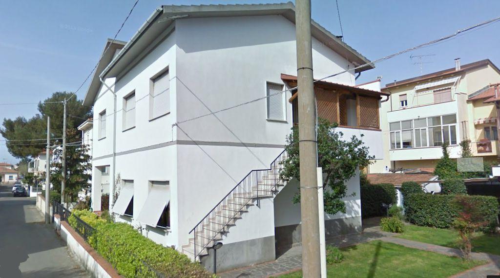 esterno-APPARTAMENTO INDIPENDENTE-in-vendita-zona mare Rosignano-R0593