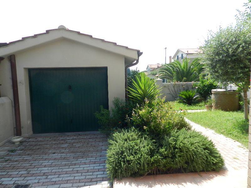 ingresso-TERRATETTO-in-vendita-Rosignano Solvay-R0357