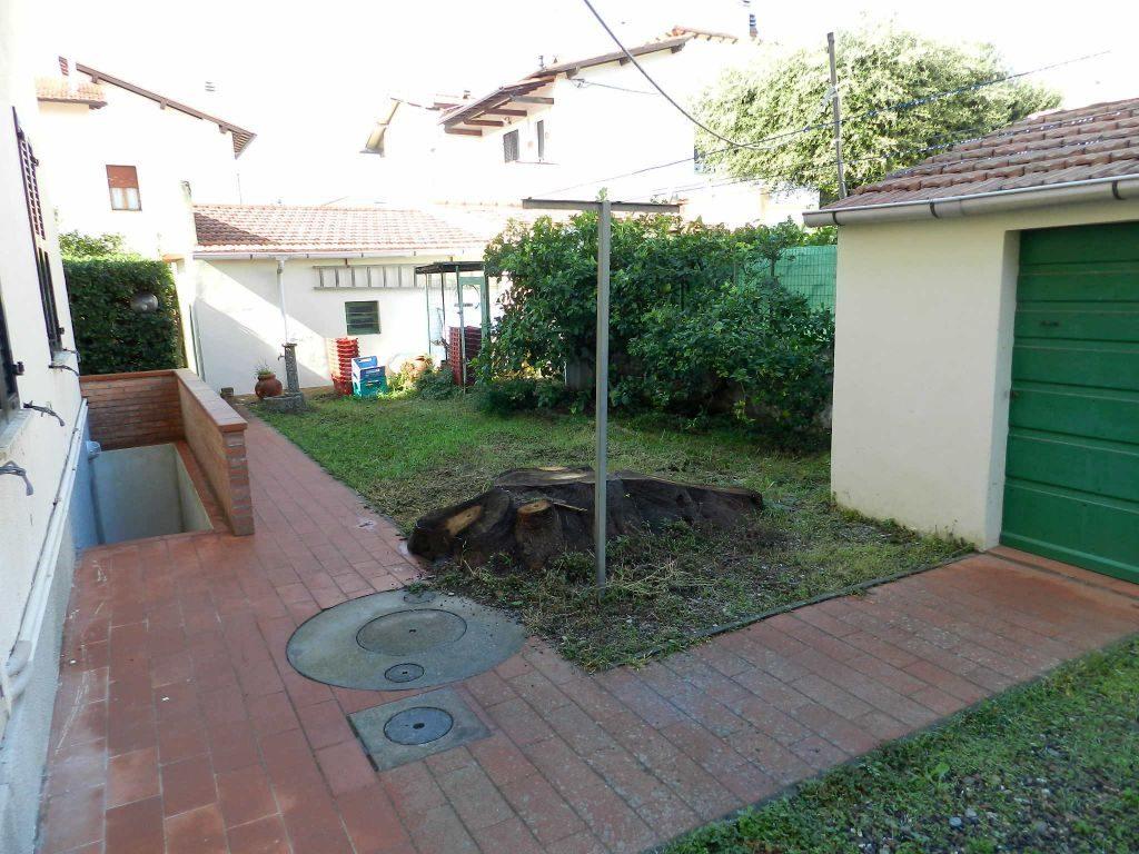 ripostiglio-APPARTAMENTO INDIPENDENTE-in-vendita-zona mare Rosignano-R0610