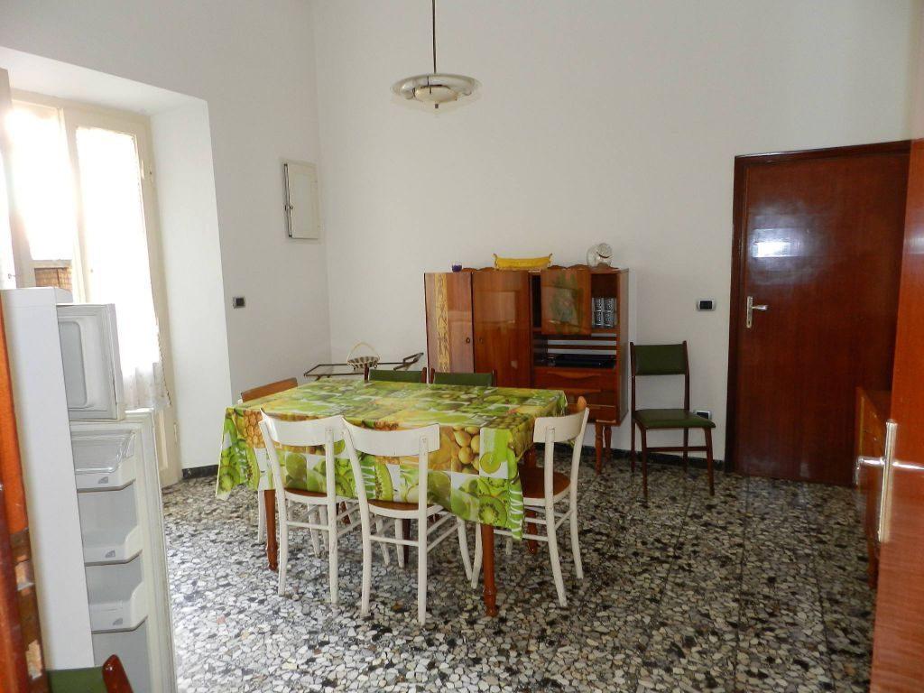 balcone-APPARTAMENTO INDIPENDENTE-in-vendita-zona mare Rosignano-R0610