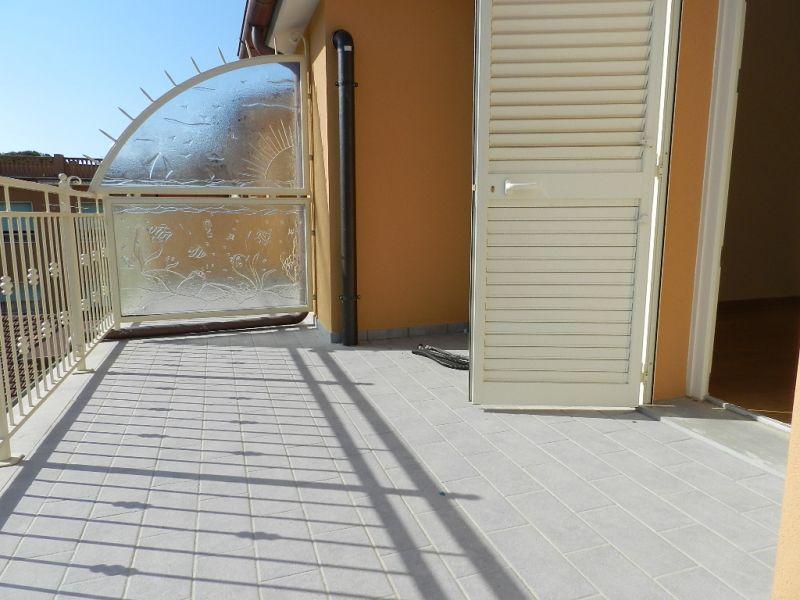 esterno-APPARTAMENTO-in-vendita-zona mare Rosignano
